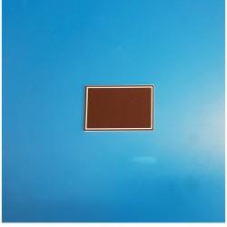 25 Étiquettes neutres - Fond marron à 1 liseré blanc - Ht 40 x lg 60 mm